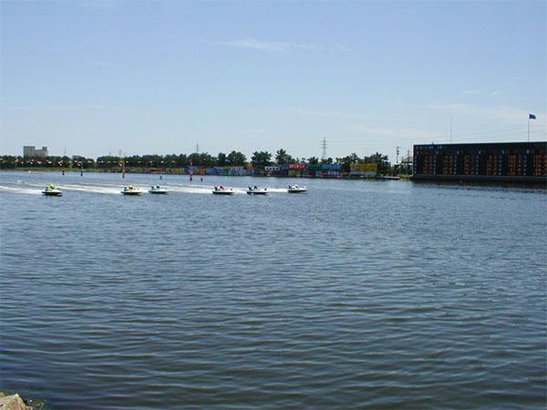 ボートレース津